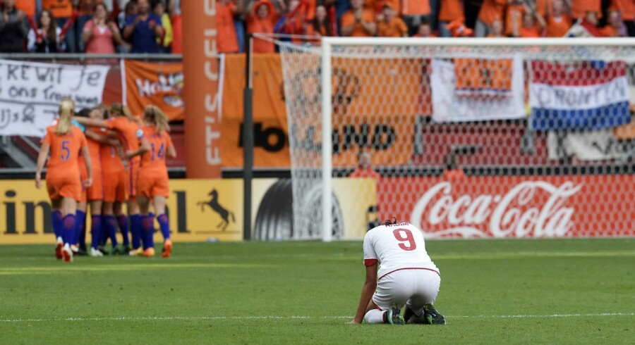 Soccer Football - Netherlands vs Denmark - Women's Euro 2017 Final - Enschede, Netherlands - August 6, 2017 Denmark's Nadia Nadim looks dejected after Netherlands' Vivianne Miedema scores their fourth goal REUTERS/Toussaint Kluiters