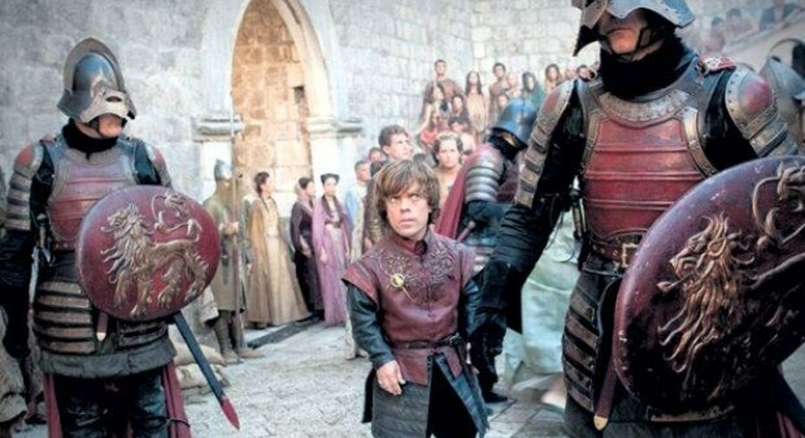 Hvad er forklaringen på den mystiske introsekvens i 'Game of Thrones'? Dette og andre spørgsmål undersøger vi forud for mandagens streamingpremiere på femte sæson af HBO-serien.