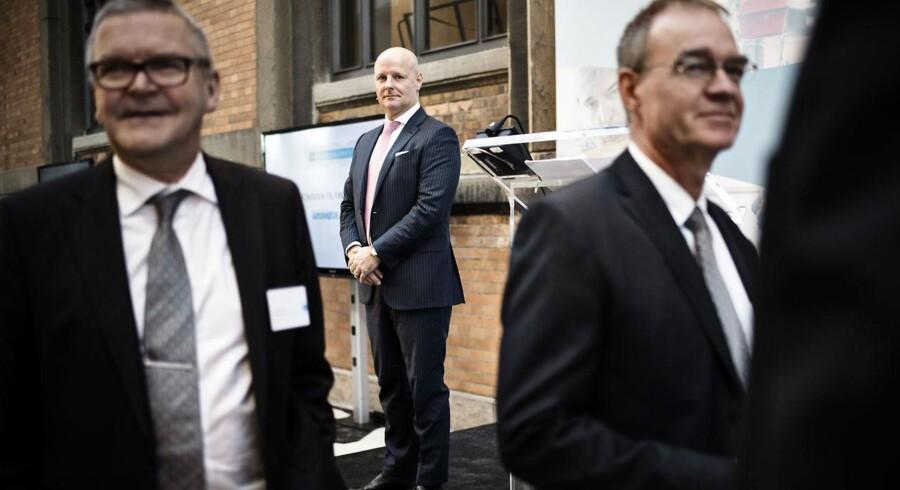Finansrådets Årsmøde 2015 afholdt på Statens Museum for Kunst mandag den 7. december 2015. Danske Banks direktør Tonny Thierry Andersen i midten og direktør for Danmarks Nationalbank Lars Rohde i forgrunden til venstre.