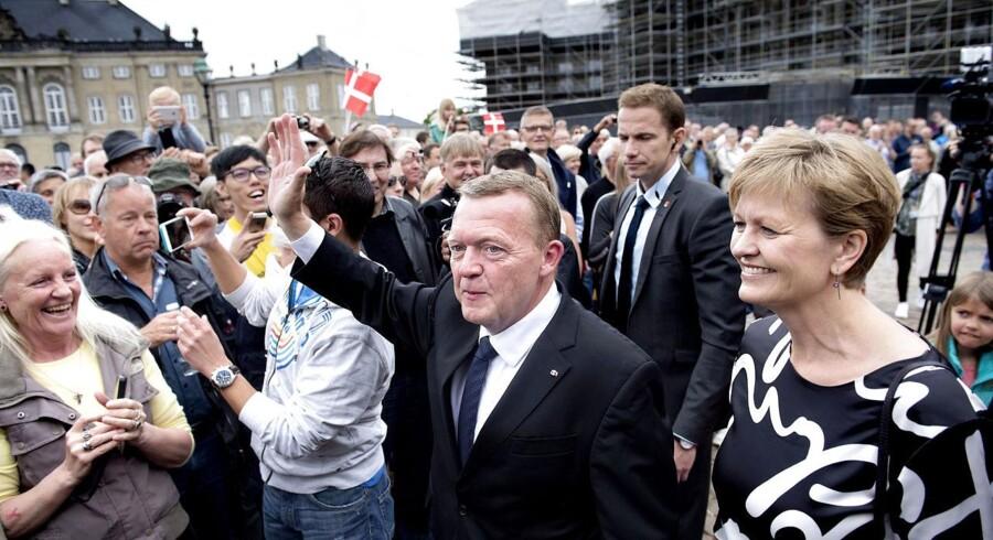 Lars Løkke Præsenterer sin nye regering på Amalienborg