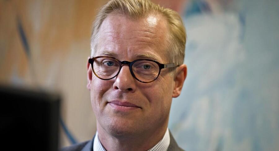 Carl Holst. Ny forsvarsminister og minister for nordisk samarbejde