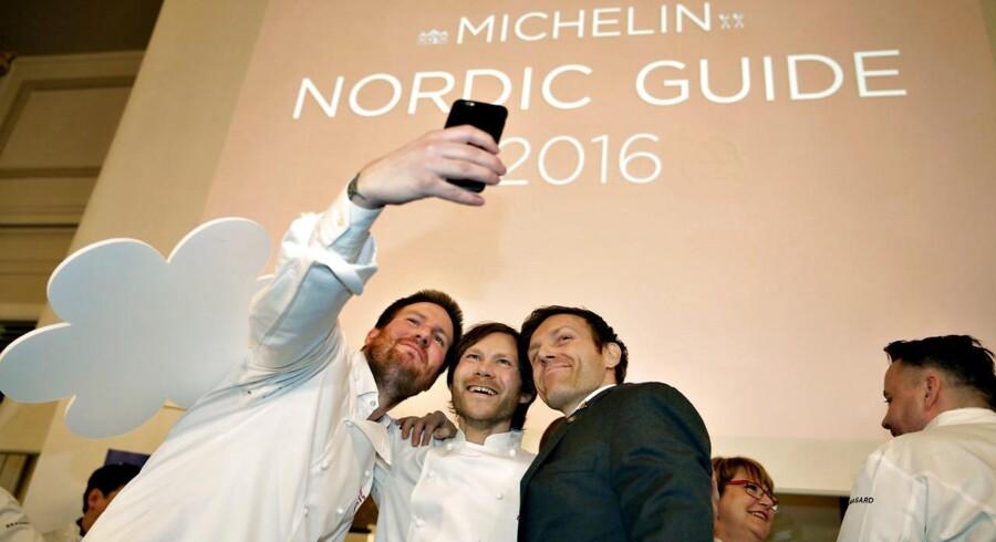 I dag har Michelin præsenteret årets nye stjernerestauranter i Danmark og resten af Norden. Guiden hedder i år Michelin Nordic Guide 2016. På billedet ses Rasmus Kofoed (im) og Rasmus Ledet (th) - begge er fra Geranium.