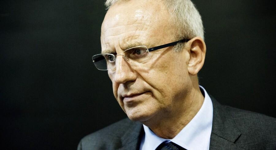Beskæftigelsesminister Jørn Neergaard Larsen (V) er på en vanskelig opgave i Bruxelles.