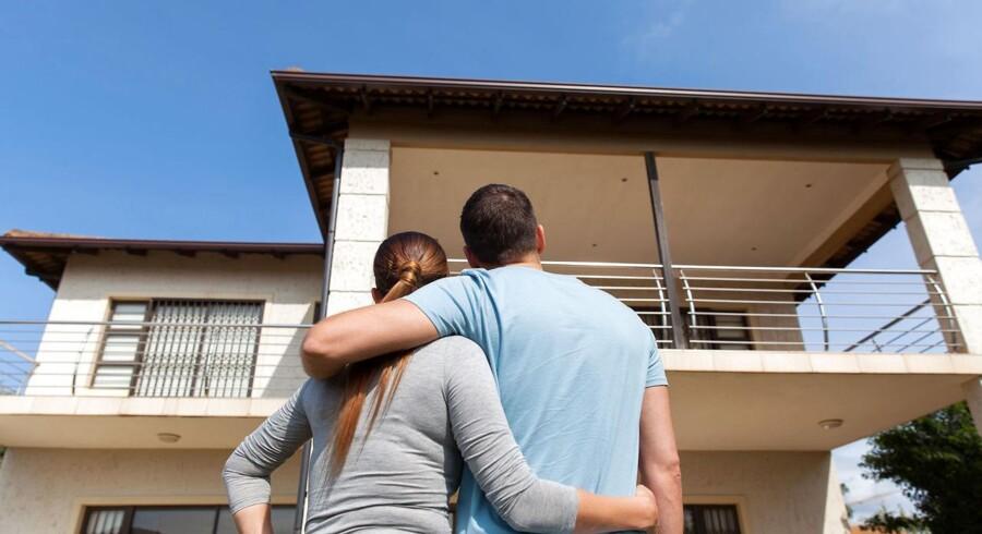 Bør begge parter stå på skødet ved køb af et nyt hus?
