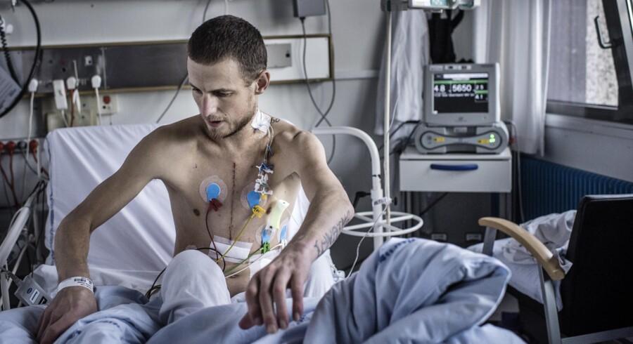 29-årige Michael Lunding har som den første dansker fået indopereret den nyeste version af et mekanisk hjerte, HeartMate III, som skal holde ham i live, indtil han kan få et donorhjerte. Foto: Thomas Lekfeldt