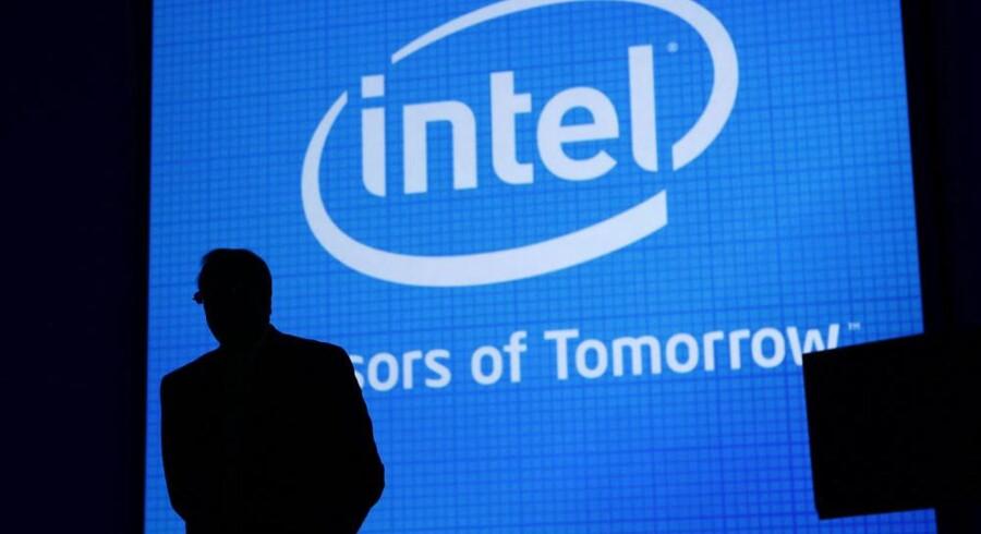Teknologibranchen er ved at træde ud af finanskrisens skygge igen - her Intels topchef, Paul Otellini, i silhouet. Foto: Robert Galbraith, Reuters/Scanpix