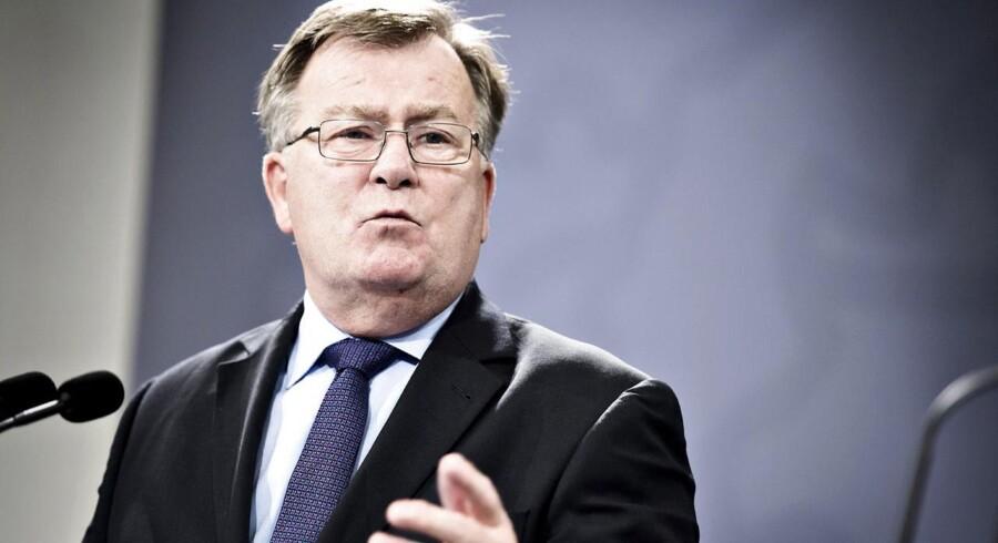 »Jeg ville da ønske, at Det Økonomiske Råd havde ret, for det ville da unægteligt gøre mit liv som finansminister noget nemmere, hvis der var plads til at bruge flere penge, men det er desværre ikke situationen«, siger Claus Hjort Frederiksen (v).