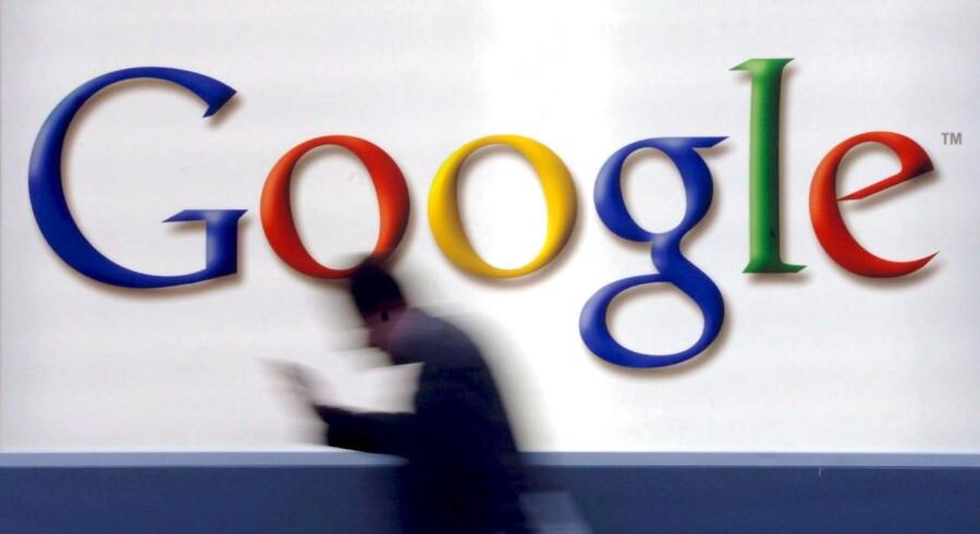 Der er med årene kommet mere svindel, fordi det bliver nemmere at lave hjemmesider. Google garanterer, at de har klare retningslinjer for at slå ned på svindlere.