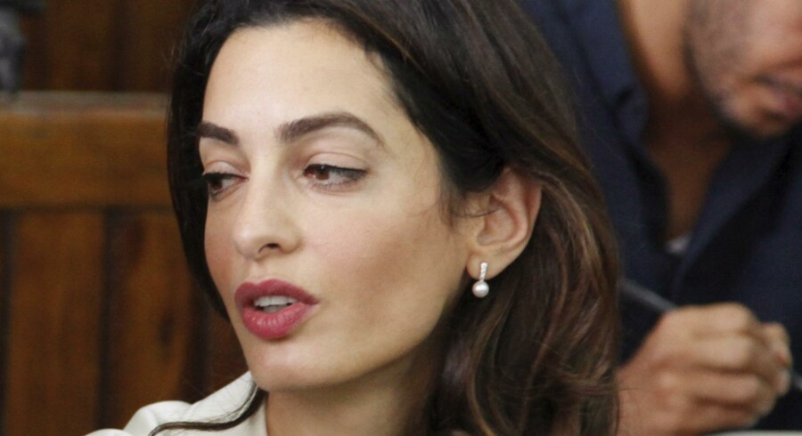 Amal Clooney står på ekspræsidentens side,