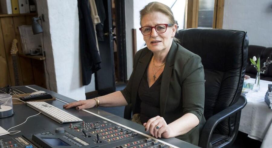 Komponist Birgitte Rode er frustreret over, at det ikke er lykkedes hende at få en dialog med hverken Copydan, Koda eller andre rettighedsorganisationer om årsagerne til, at advokat Johan Schlüter nu beskyldes for at have svindlet for over 175 mio. kr.