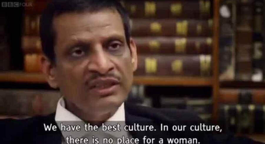 I dokumentarfilmen medvirker også voldtægtsmændenes advokater (foto), der forsvarer deres klienters voldtægt og drab på en 23-årig kvinde i 2012. Kvindesynet er rystende.