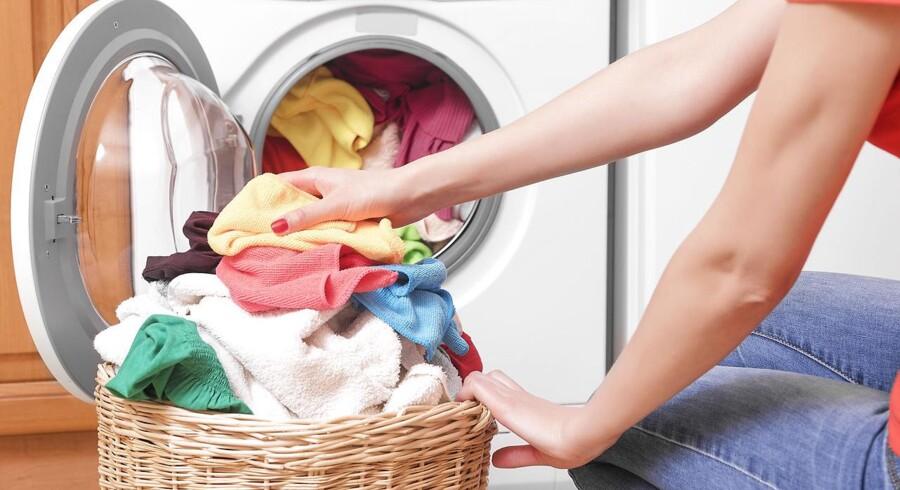 Du kan spare strøm ved at vælge en vaskemaskine med et såkaldt eco-program, hvor maskinen typisk vasker ved en lavere temperatur. Foto: Iris.