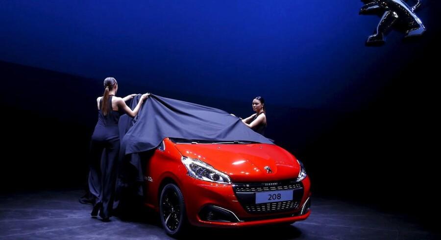 En Peugeot 208 afsløres til det 85. International Motor Show i Geneve, Schweiz.
