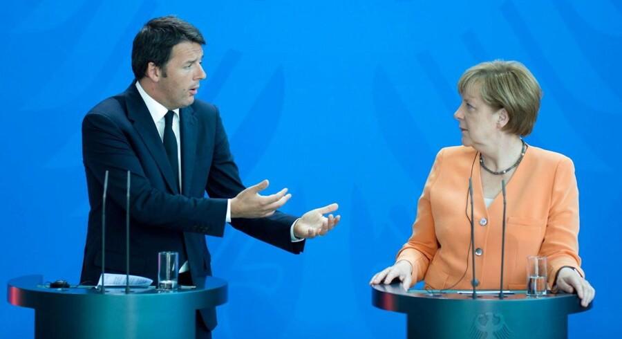 Italiens premierminister Matteo Renzi siger »nok er nok« til Tyskland og kansler Angela Merkel.