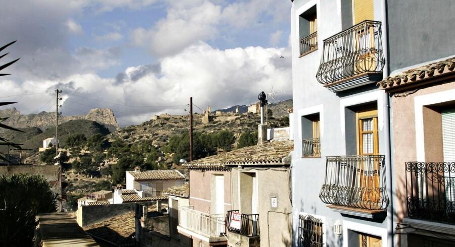 Den lille spanske by Relleu bag Costa Blanca kysten i Spanien.