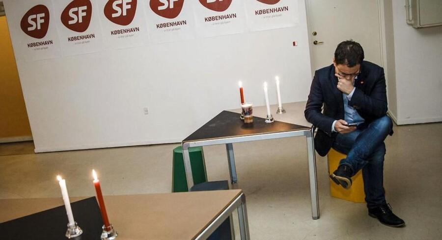 Der var umiddelbart tomt og en nedbøjet stemning, da SF tirsdag aften holdt valgfest på Charlottenborg efter et rigtigt dårligt resultat. Foto: Jeppe Bjørn Vejlø