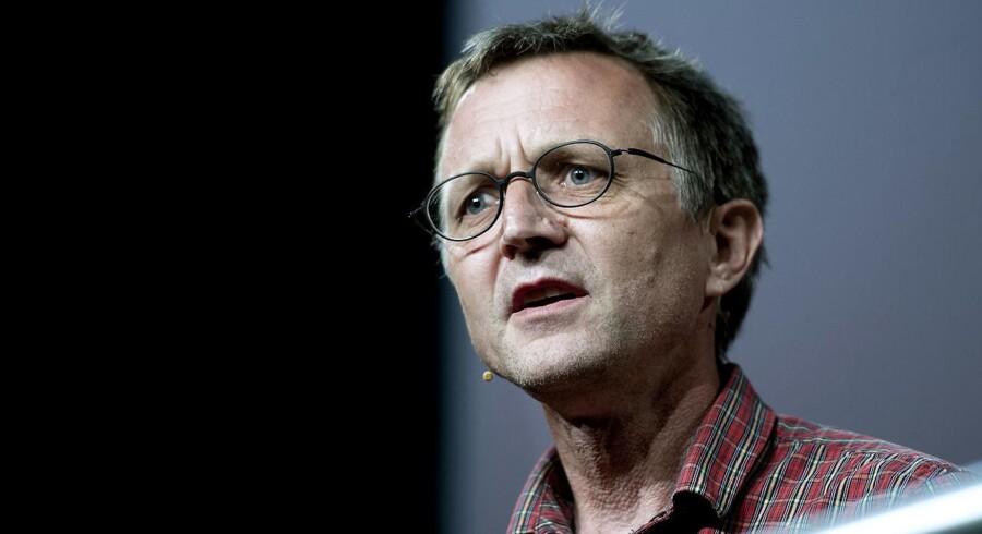 Formanden for Danmarks Lærerforening, Anders Bondo Christensen, er skuffet over Corydons exit fra politik.