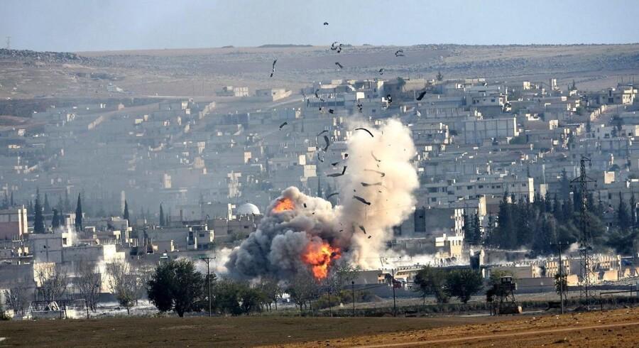 En ekslosion i Kobane, Syrien, efter et allieret angreb på Islamisk Stat.