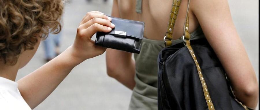 Europæisk samarbejde skal ruste politiet bedre i kampen mod organiserede bander af lommetyve. Arkivfoto: Bax Lindhardt, Scanpix