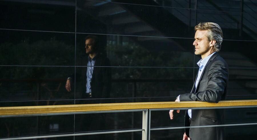 Leif Winther, der er asset manager for DONGs danske vindmølleparker, gør klar til at pille verdens første havvindmøllepark, Vindeby, ned, hvis ikke det lykkes DONG at finde en køber.