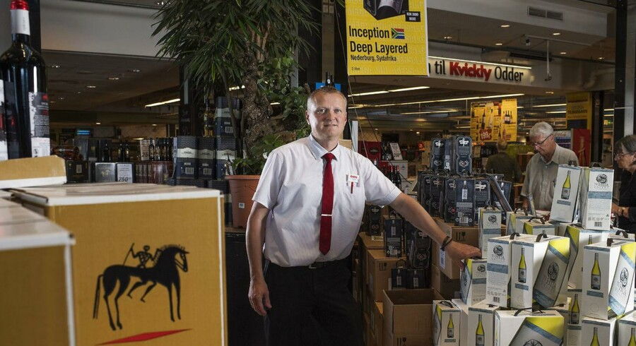 I Kvickly i Odder sælger de vin, meget vin. Vinchef John Holm sælger for tiden op mod 150.000 flasker på en uge, i butikken og på nettet. Til BM