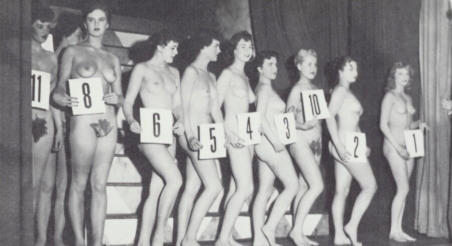 Kåring af årets kunstnermodel i Zigeunerhallen. Foto 1953. Kay Nielsen og Herluf Stokholm: Københavnerliv Før og Nu.
