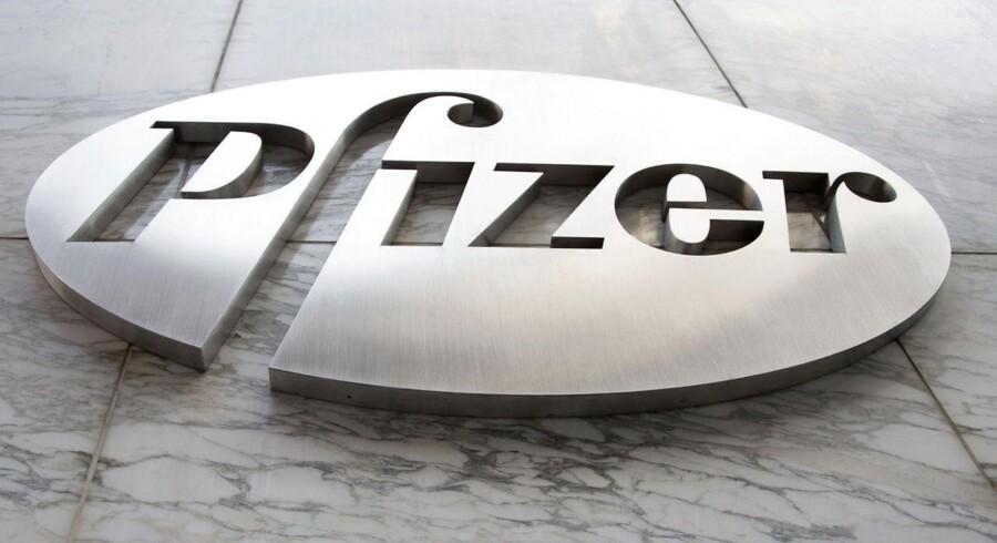 Det amerikanske medicinalselskab Pfizer, der blandt andet er kendt for Viagra-pillen, leverede bedre end ventet i andet kvartal, og samtidig opjusteres forventningerne til hele årets omsætning og resultat en smule.