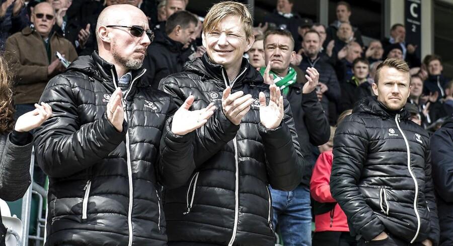 30.april: AaBs sportschef Allan Gaarde og direktør Stephan Schors før kampen