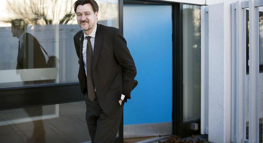Udenrigsministeriets departementschef, Ulrik Vestergaard Knudsen, gav sin minister en playliste med 50 rockhit fra 50 år. Nu er han i spil til topjob i OECD.