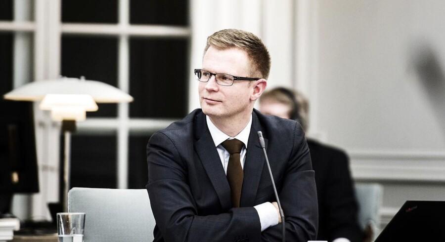 Det er dårligt stil over for dansk erhvervsliv, hvis man skrotter planlagte havvindmølleprojekter, siger S.