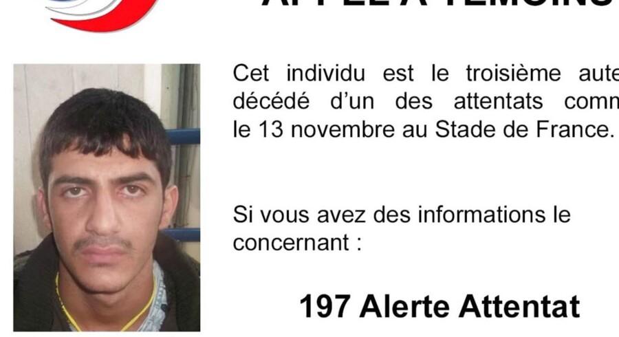 Politiet i Frankrig har frigivet et foto af den tredje af de tre mænd, der begik selvmordsattentater uden for Frankrigs nationalstadion, Stade de France, i Paris den 13. november.
