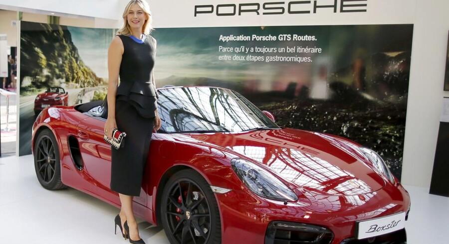 Den tyske bilproducent Porsche er det seneste selskab, der afbryder sit samarbejde Maria Sharapova, efter at den russiske tennisstjerne mandag fortalte, at hun er testet positiv for et forbudt stof under grand slam-turneringen Australian Open i januar.
