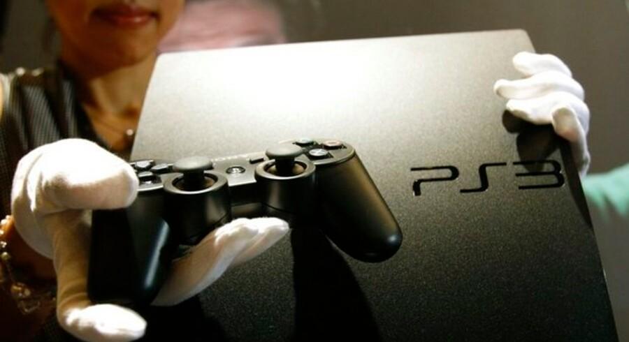 Den nye og billigere Playstation 3 skal vinde marked tilbage til Sony fra Microsoft og Nintendo. Foto: Yuriko Nakao, Reuters/Scanpix