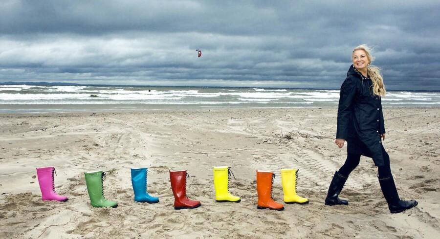»Jeg har alt, hvad jeg behøver lige uden for min dør. Vejret og naturen giver mig inspiration, og stranden bruger vi, når vi skal fotografere vores kollektioner,« siger Ilse Jacobsen.