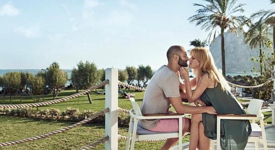 Rejseselskabet Star Tour spiller på de store følelser i ny kampagnefilm, som det svenske succesbureau Forsman & Bodenfors står bag. Popikonet Leona Lewis bidrager med en følsom version af klassikeren »Your Song«.
