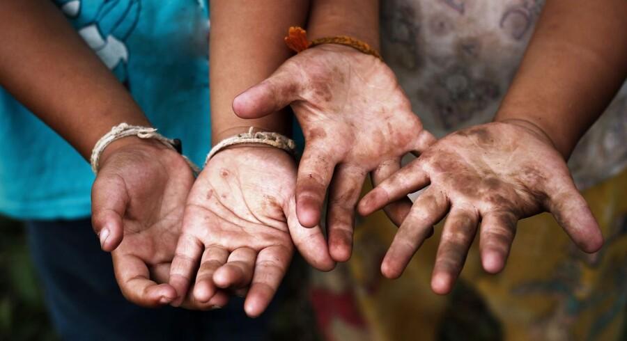 Den internationale tøjbranche er berygtet for at misbruge børnearbejdere i den tredje verden.