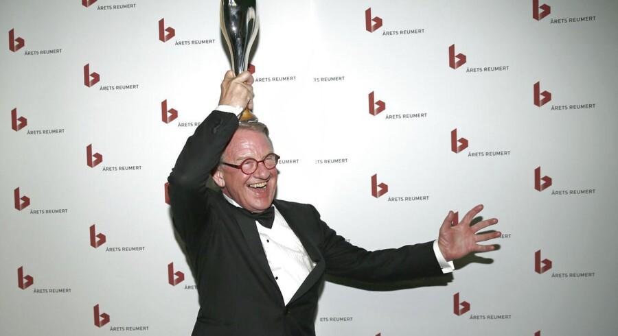 Henning Jensen vandt søndag aften Reumerts hæderspris. Han og andre dygtige, danske kunstnere får dog ingen den hæder, de fortjener, mener Jesper Beinov.