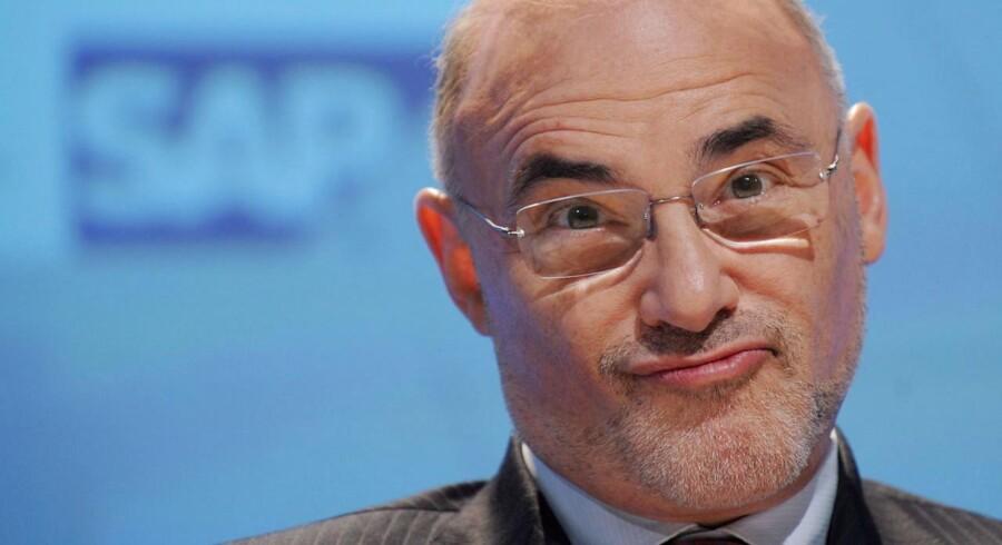 Tidligere topchef for bl.a. Hewlett-Packard, Léo Apotheker, holder Eva Berneke godt til ilden