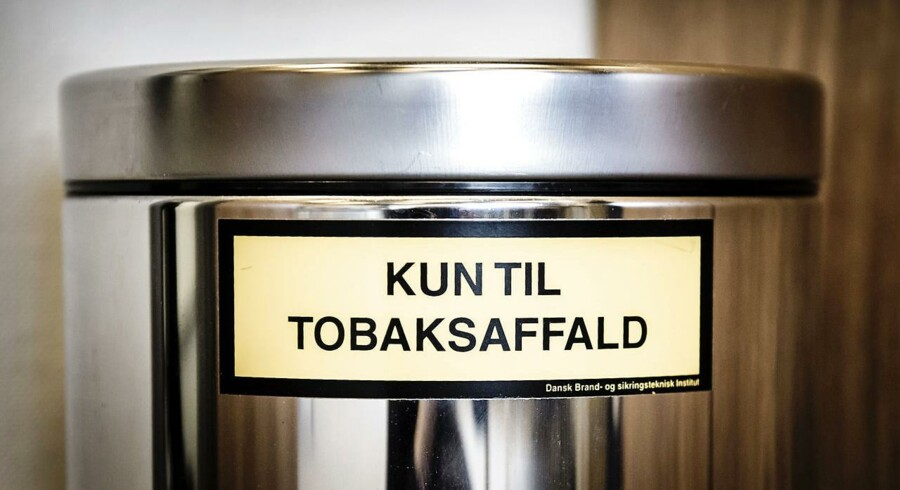 R- Scandinavian Tobacco Group Nykøbing. STG Nykøbing. Skandinavisk tobakskompagnis fabrik i Nykøbing Falster.