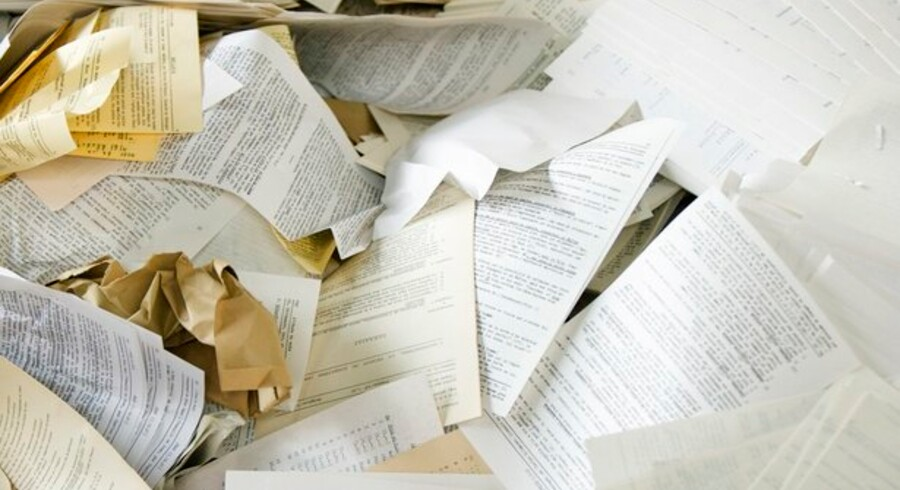 Der arbejdes intenst på at udrydde papirdokumenter i det offentlige - til gengæld skal der træffes nogle afgørelser om, hvilke IT-formater de elektroniske dokumenter skal gemmes i. Foto: Colourbox