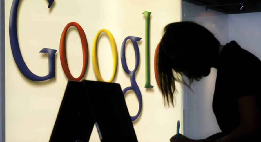 De fleste kender Google som en annoncefinansieret søgemaskine, flankeret af en række online-programmer til blandt andet tekstbehandling.