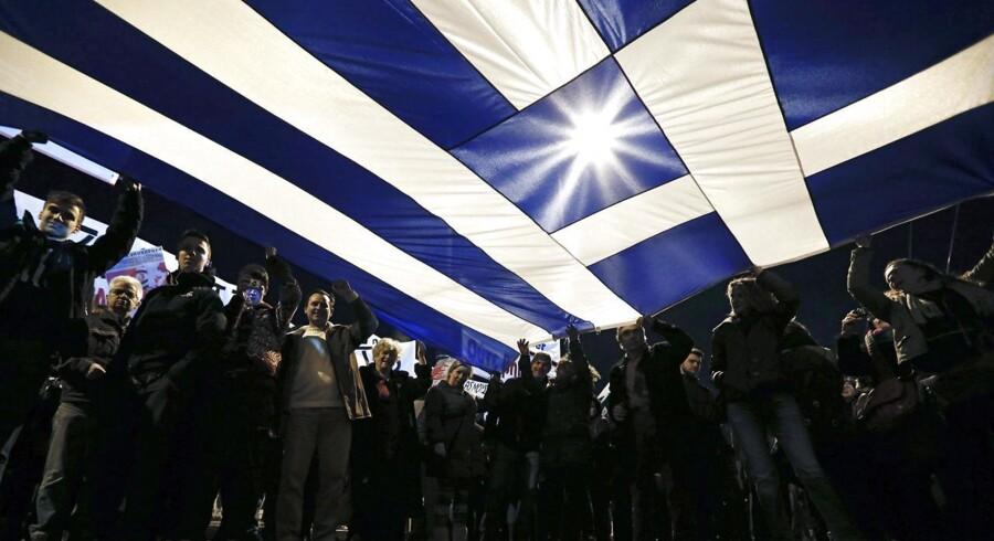Arkivfoto. Efter ugers tovtrækkeri har Grækenland torsdag anmodet eurolandene om en forlængelse af den enorme lånepakke i seks måneder.