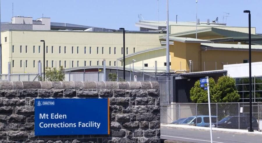 Den anklagede bagmand bag det, der kan være verdens største kriminalsag om overtrædelse af ophavsret, den kulørte Kim Dotcom, sidder her i Auckland Remand Center, efter at retten nægtede at sætte ham fri mod kaution. Foto: Nigel Marple, Reuters/Scanpix