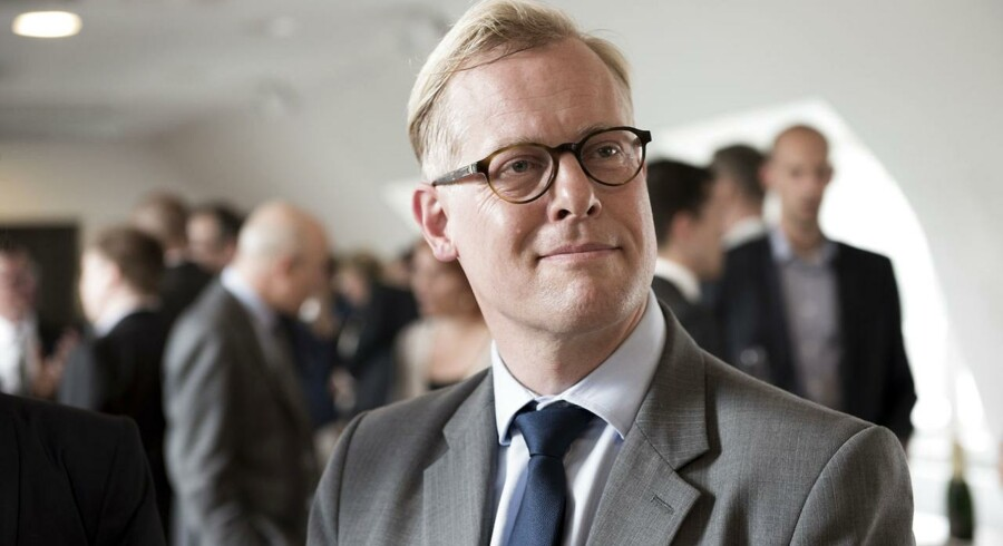 Ny forsvarsminister Carl Holst (V).