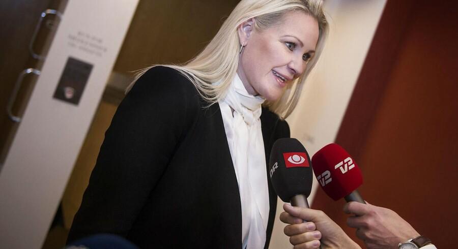 Britt Bager ankommer til Venstres gruppemøde torsdag den 3 maj 2018. (Foto: Liselotte Sabroe/Scanpix 2018)