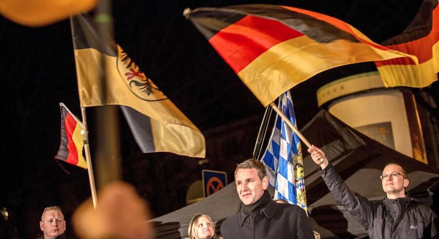 Kontroversielle udtalelser fra AFD-politikeren Björn Höcke har udløst voldsomme magtkampe i Tysklands indvandringskritiske parti Alternative für Deutschland. Det kan skade AFD's chancer ved efterårets tyske forbundsdagsvalg.