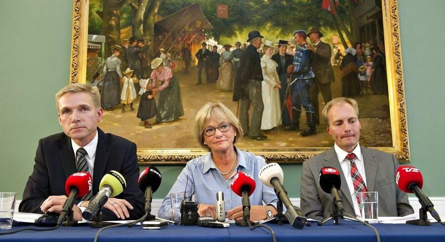 Kristian Thulesen Dahl, Pia Kjærsgaard og Peter Skaarup fra Dansk Folkeparti. (Foto: Jens Nørgaard Larsen/Scanpix 2011)