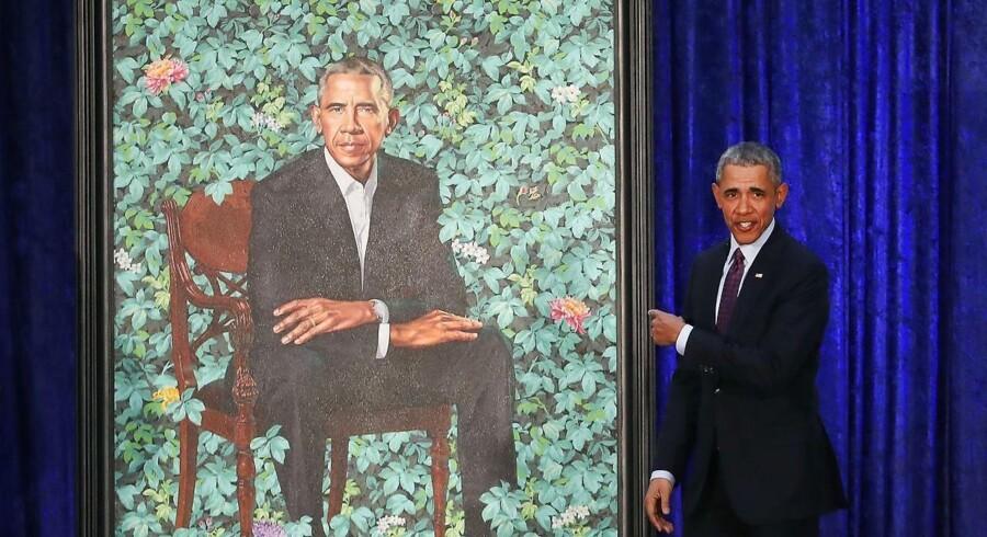 De nye portrætter af Barack Obama og hustruen Michelle er netop blevet afsløret på Smithsonian's National Portrait Gallery i Washington. Mark Wilson/Getty Images/AFP