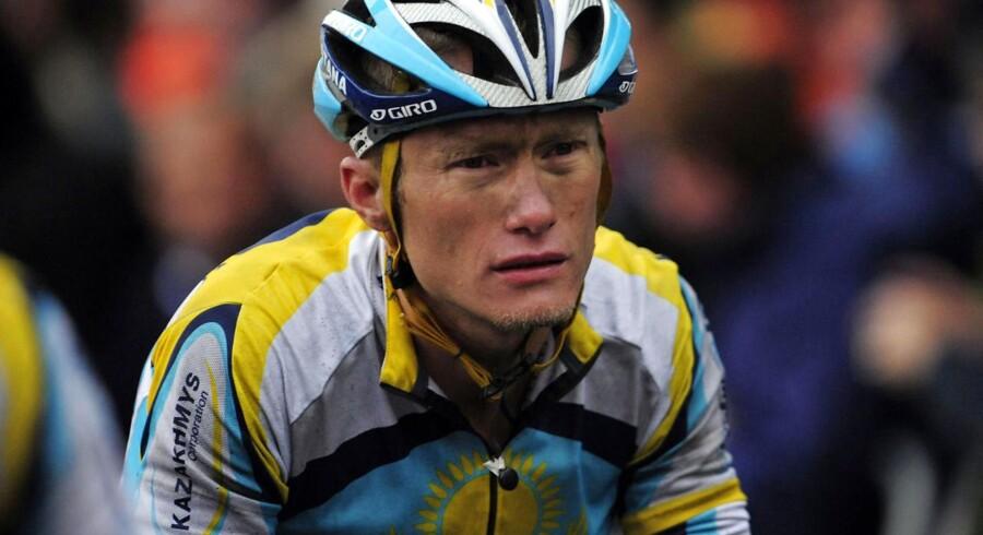 Den 44-årige kasakher, der i dag er sportsdirektør for danske Jakob Fulgsangs hold, Astana, har tidligere afsonet en toårig dopingkarantæne fra 2007 til 2009.