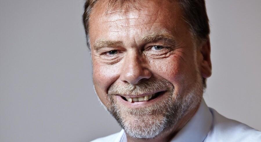 Dansih Crowns fabriksdirektør, Ole Carlsen, har hårdt brug for arbejdskraft og ansætter udlændinge på stribe. Foto: PR